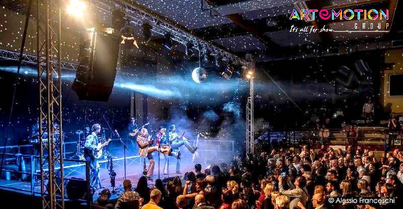 Service Audio Luci Video Palchi per Band e Gruppi musicali